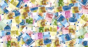 U Komisijinu izvješću o upravljanju naglašava se važnost odgovornosti i optimalnog korištenja novca poreznih obveznika