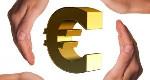 Dovršetak europske ekonomske i monetarne unije – Kolegij povjerenika raspravlja o prvim koracima